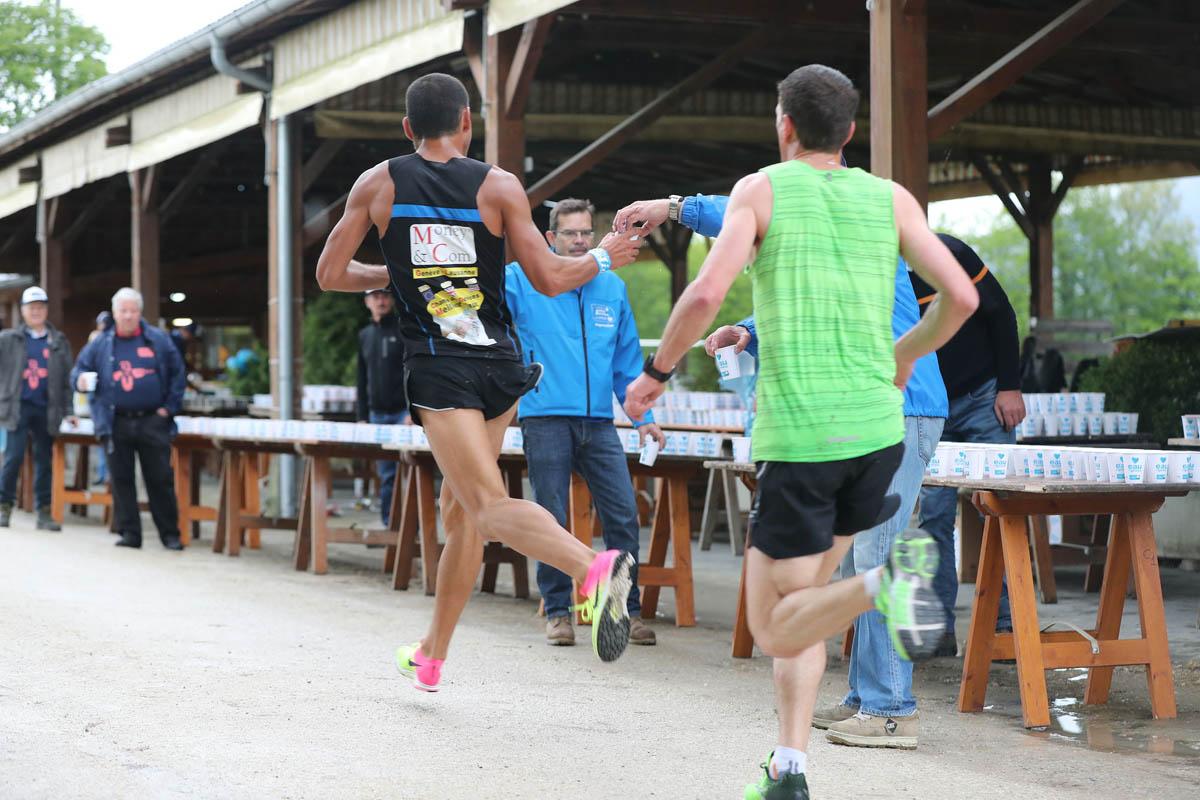 Les ravitaillements du Marathon de Genève
