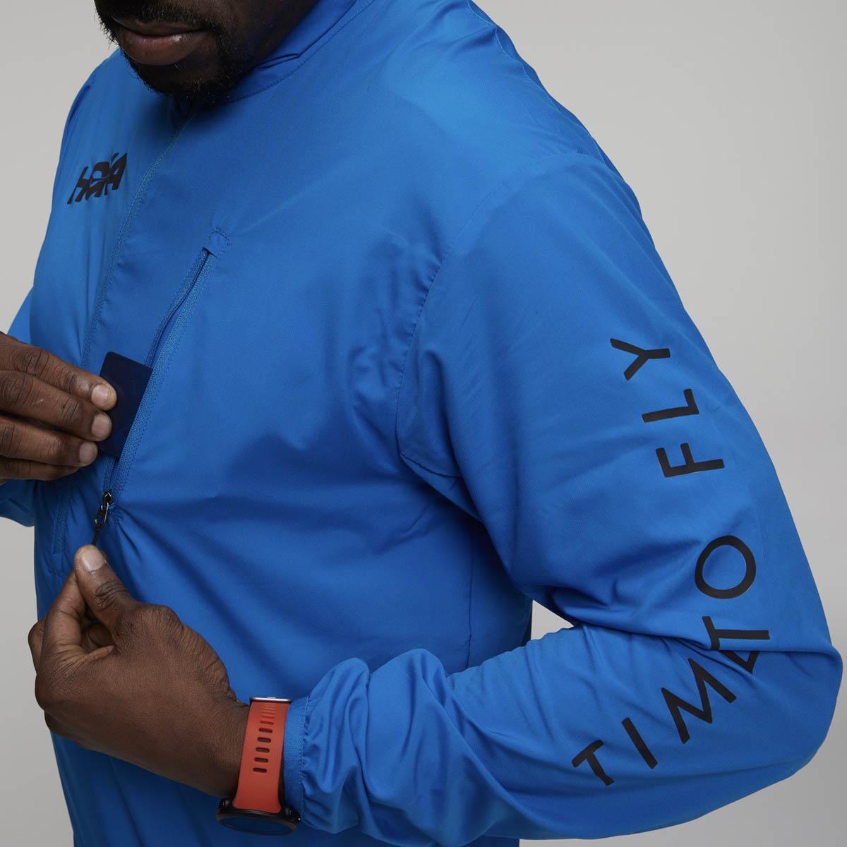 Hoka One One se lance dans le textile performance (et lifestyle)