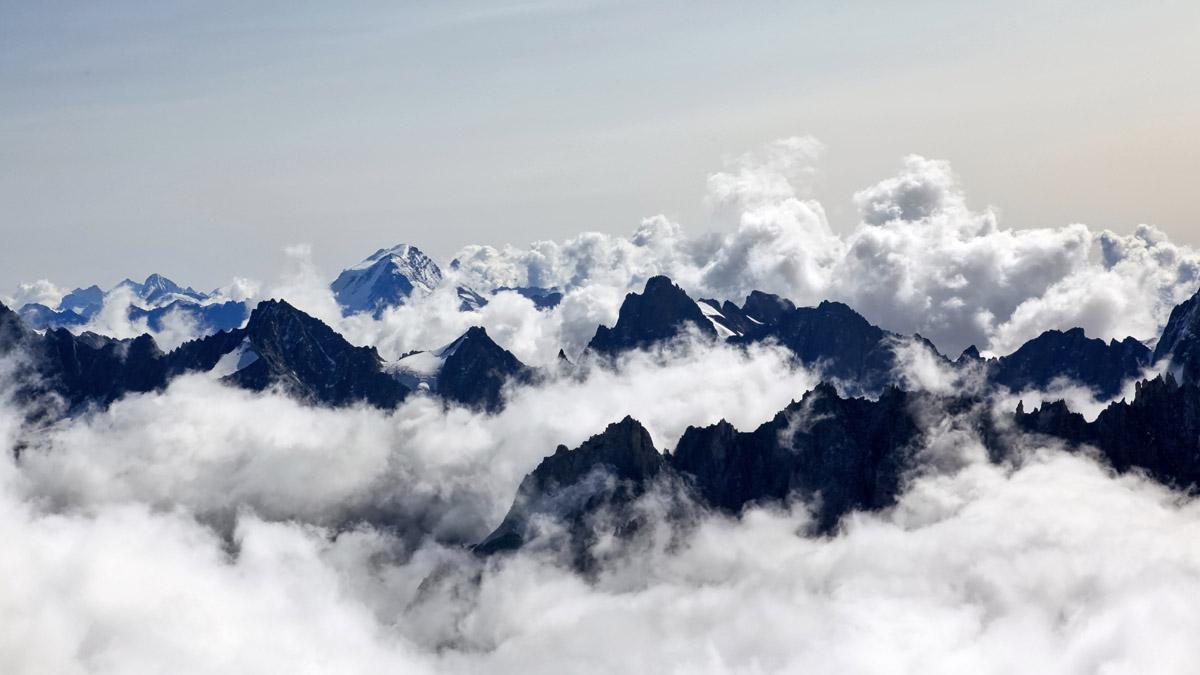 On et son relais mixte autour du Mont-Blanc