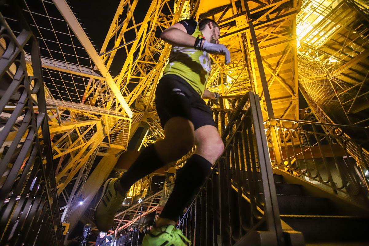 Les battles de Montmartre et la Verticale de la tour Eiffel®.