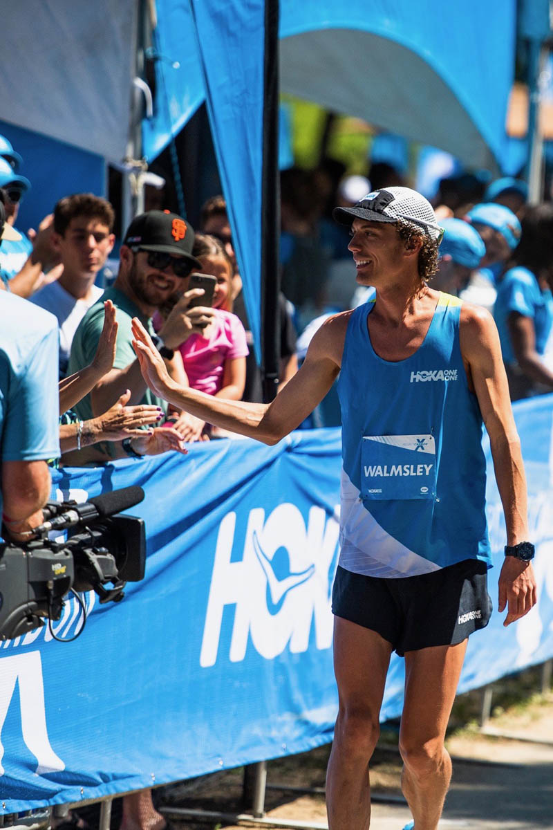 Jim Walmsley, Hoka et leur nouveau record du monde du 50 mile (80 km)